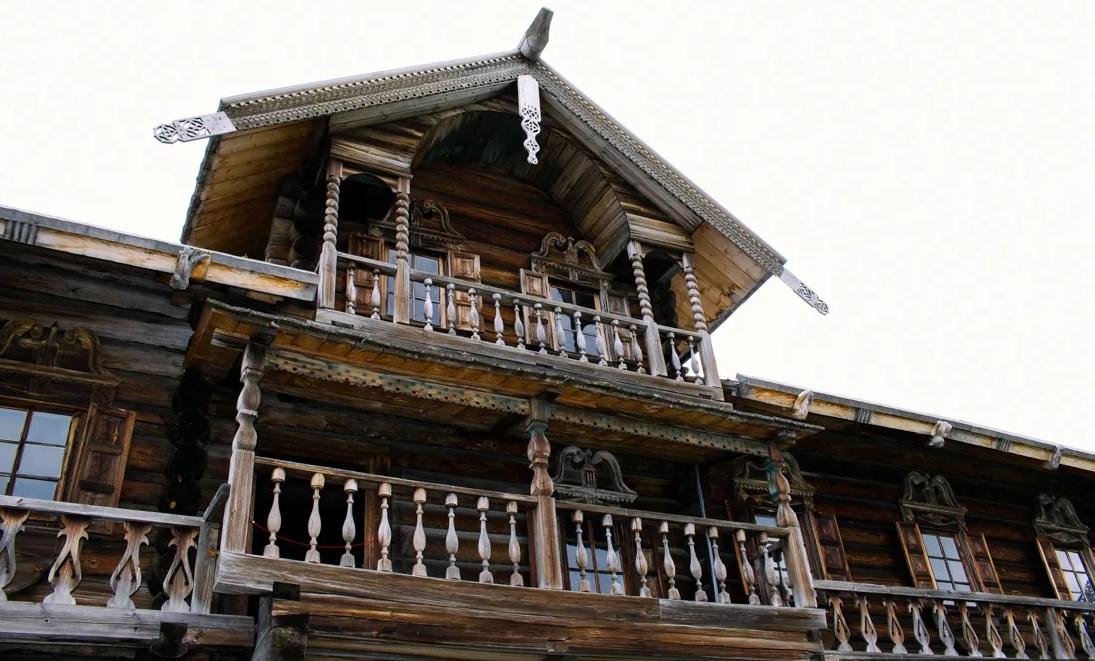 реставрации деревянного объекта