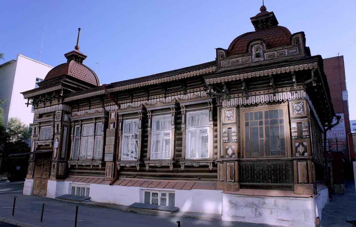Реставрацию деревянных домов